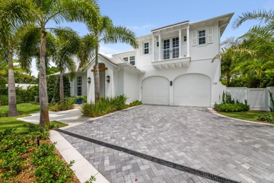 Arabian Front exterior by Ecclestone Homes