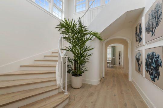 Arabian staircase by Ecclestone Homes