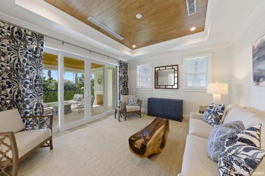 Bahama sitting room - Ecclestone Signature Homes
