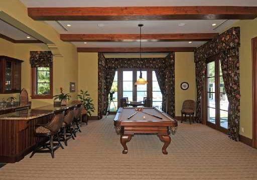 old harbour billards table and game room before eccelstone renovation