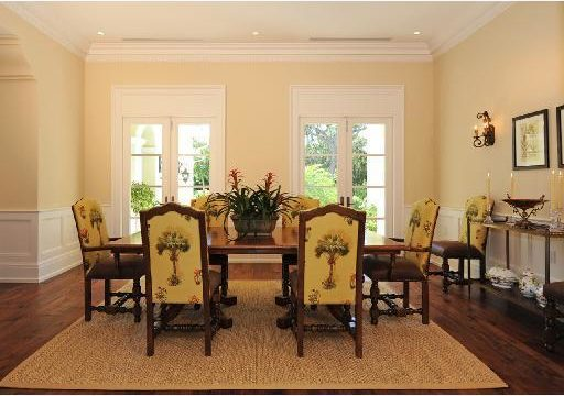 Old Harbour dining room before Ecclestone remodel