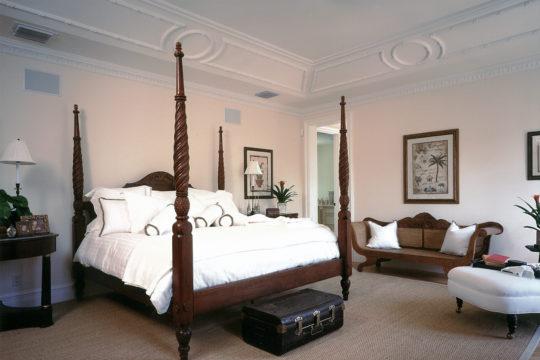 coral way master suite before Ecclestone Homes Remodel