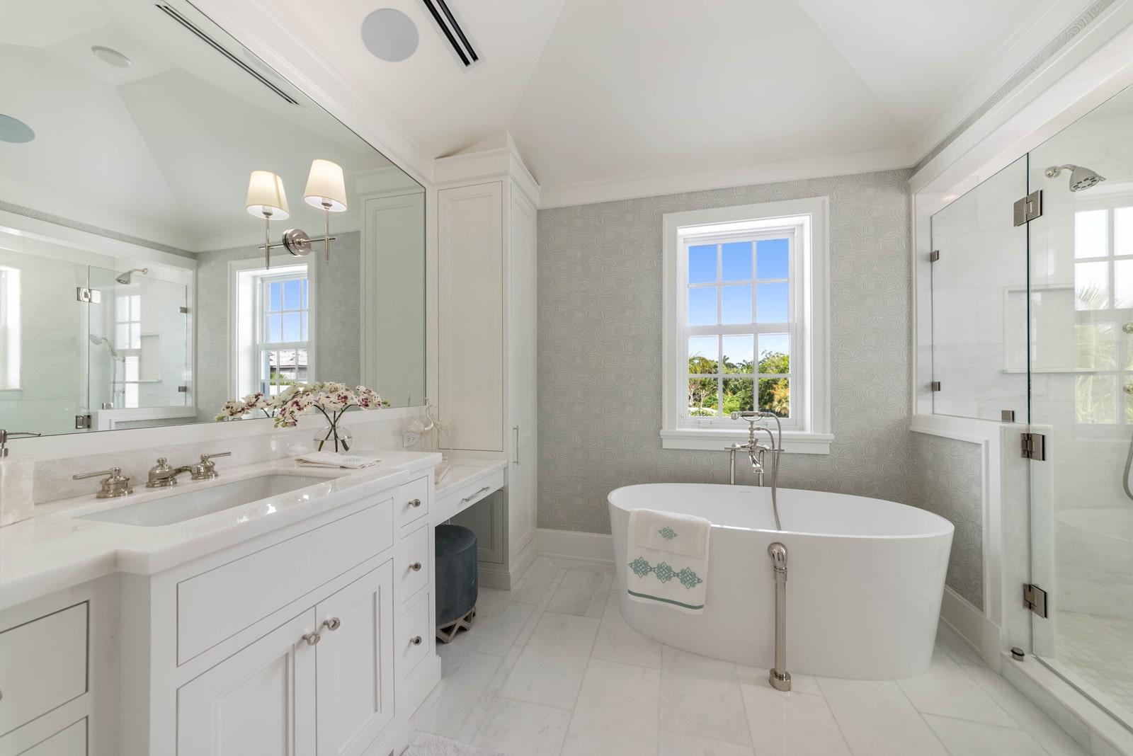 ecclestone-homes-bathroom-remodel-pg03-min